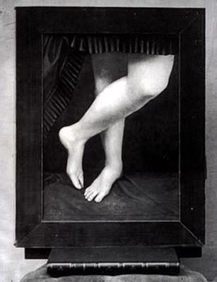 Castiglione_legs[4]